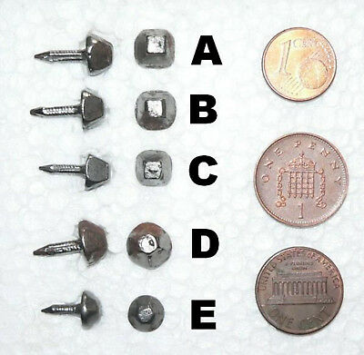 C 1 (One) x Set of 100 vintage NAILS military boots - Square or hexagonal head