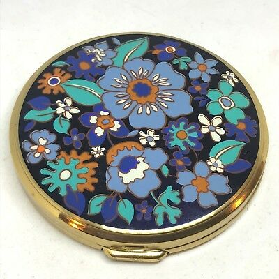 Vintage Powder Compact. Bright Flowers Dance & Mingle. Great to Use or Collect!