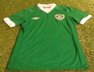 33ee35bd2bc3f REPUBLIC OF IRELAND fai football small mans vintage unsponsored player  issue top