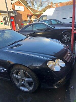 Mercedes R230 350SL 2006 AMG LINE  genuine from factory  (Front nearside damage)