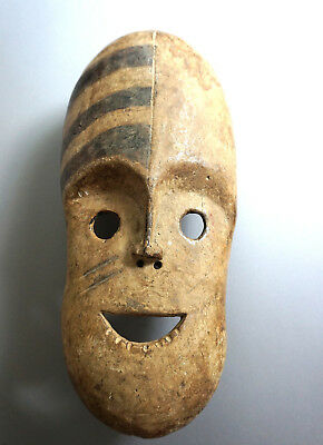 Ituri mask from the pygmies · Maske der Pygmäen · Masque · ITURI · R.D.DU CONGO