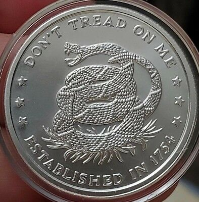 "NEW 1oz Fine Silver  ""Don`t Tread On Me, Eternal Vigilance Round w/Capsule"