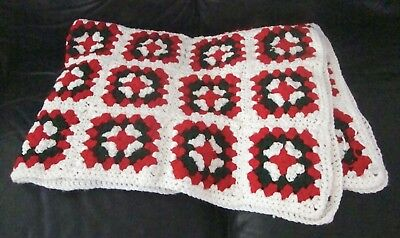 Vintage Christmas Afghan Crochet Granny Squares Red Green White