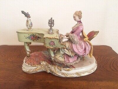 RARE CAPODIMONTE Figure Lady playing piano Dresden Lace CAPPE' Porcelain Italy