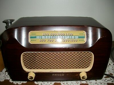 Vintage 1946 Philco Model 46-421 Tabletop Tube Radio Restored and Working