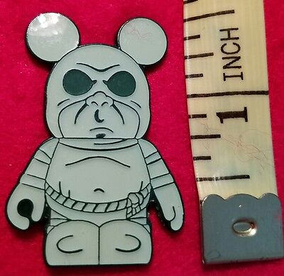 Disney  VINYLMATION HAUNTED MANSION  Booster Series Ghost Pin 2011