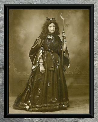 Vintage Photo ... Mystic Wiccan Witch ... Antique Photo Print 5x7