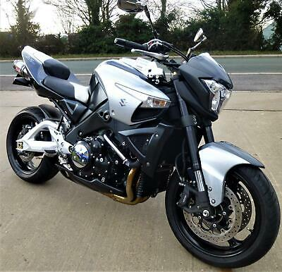 Suzuki GSX1300 B KING. Only 14000 mls. Full S.H. First year model. Yoshi cans,