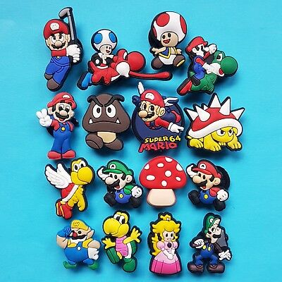 Super Mario Bros. Cake Decorations 16 Cupcake Toppers Party Favours NEW