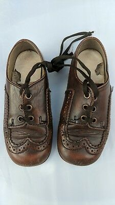 Stunning Vintage Leather Clarks Children's Shoes Size 8 1/2 - Rare