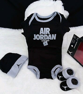 e9b47430d514e5 Nike air Jordan baby Infant Newborn 3 Piece Set Bodysuit Hat boots 0-6  Months