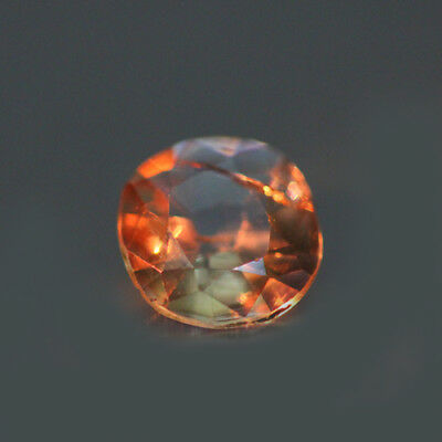 0.72cts UNIQUE 100% NATURAL' DANCING COLOR CHANGE AXINITE RARE GEM AAA !!!!
