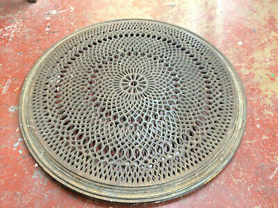 "BEAUTIFUL Cast Iron Wall Register Grate with Louvers 11.5"" x 9-5/8 Salvage"