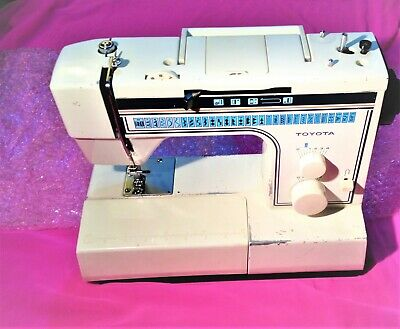 Toyota Sewing Machine EC1 Series - Model 2702 – selling as faulty - READ !