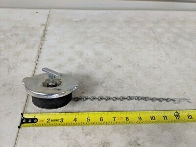 """Fuel Tank Cap 3"""" w/ Chain for Kenworth. PDC # 40546P Ref.# 40546 Fill Filler Cap"""