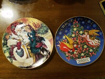 """Avon 1994 The Wonder of Christmas & 1995 Trimming the Tree 8"""" PLATES"""