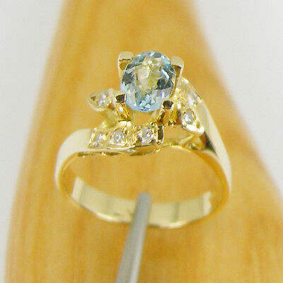Natural Aquamarine and Diamonds Engagement Ring Genuine 750 18k 18ct Yellow Gold
