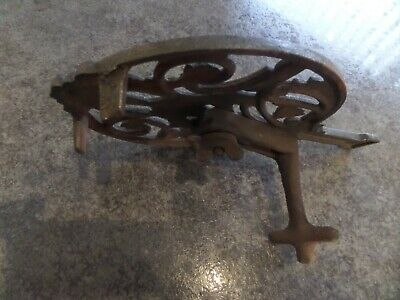 Vintage Patent Cast Iron Adjustable Trivet Stand Hearth Fire Kettle Pan