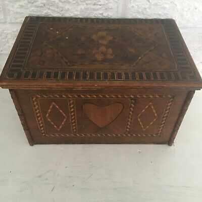 """Beautiful Antique Inlaid Wooden Box w/ Heart And Flowers L 11"""""""