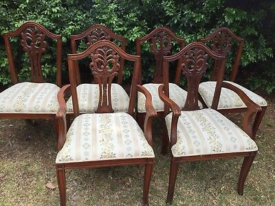 Set of 6 dining chairs, Repro Antique With 2 Carvers