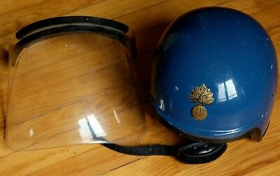 casque forces de l'ordre bleu mobile manif helmet france  RF