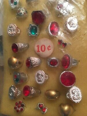 1960's GUMBALL BUBBLEGUM VENDING MACHINE DISPLAY INSERT 10 cent TOY RINGS NICE !