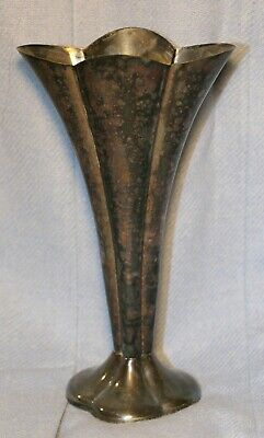 """Vintage Silver Plated """"18Th Century"""" Pattern Reed & Barton Fluted Vase"""