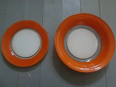 Lot De 2 Plats En Arcopal Peint Orange Vintage Annees 60