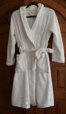 NEW NWT ULTA Solid White Soft Plush Belted Lounge Robe Women Size S ... 815489dce
