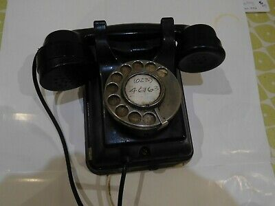 Siemens Telephone c 1950's. Wall mounted. Working Perfectly