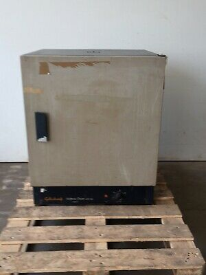 Gallenkamp Laboratory Hotbox Oven with fan Size Two 200 C  220/240V Spares/Repai