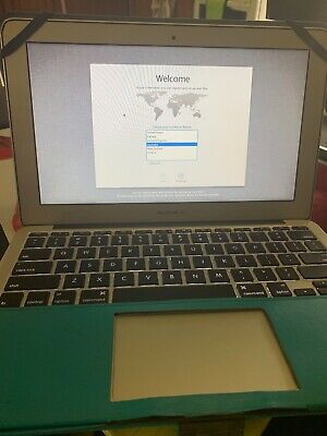 """Apple MacBook Air Core i5 11"""" Mid-2011 with charger and case"""