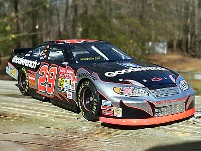 Kevin Harvick #29 GM Goodwrench 2003 NASCAR Action 1:24 DieCast