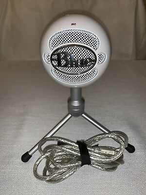 Blue Microphones Snowball Ice Condenser Microphone - White With Chord