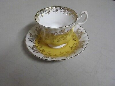 Royal Albert Bone China Tea Cup + Saucer Yellow + Gold