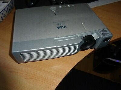 Hitachi Projector Cp-X275