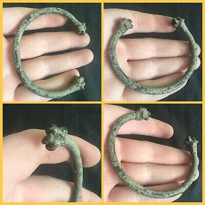 Rare ancient Roman bronze Zoomorphic bracelet with stylised animal heads , 2nd t