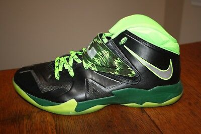 Nike Air Zoom Soldier VII 7 PP LeBron James Black Gorge Green 609679 004 Sz  13 b93e1ac061