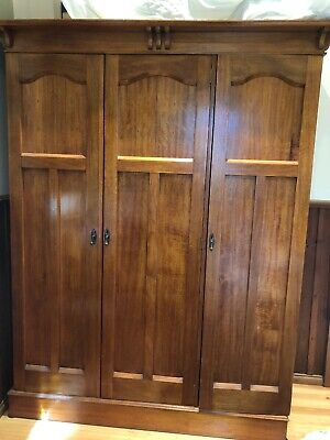antique wardrobe 3 Door Pick Up From Mornington Peninsula.