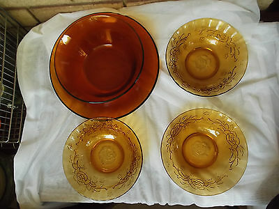 Lot of 5: Vintage Amber Clear Glass Rose Pattern Bowls and Durax Tray & Bowl