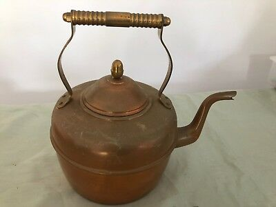 Vintage/Antique copper kettle -England    -LOT 201