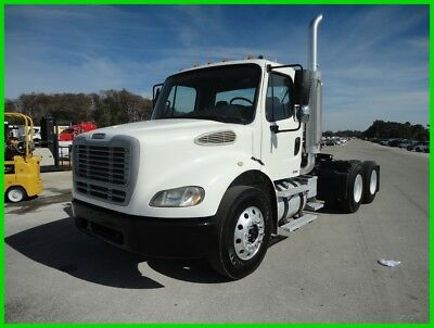 2006 Freightliner M 2 112 Used DAY CAB