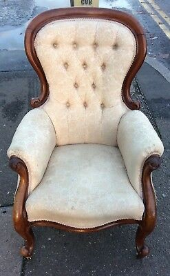 Antique Victorian Button Back Upholstered Spoonback Salon Armchair