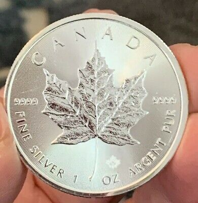 2017 Canada 1 Oz Silver Maple Leaf Bu! .9999 Fine Silver