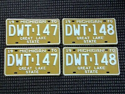 MICHIGAN  1970 License Plates Consecutive Pairs