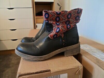 Ladies size 4 Rocket dog boots worn once hippie boho immaculate