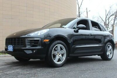 """2017 Porsche Macan AWD MACAN,19"""" MACAN WHEELS,PANO ROOF,NAVIGATION HEATED & VENTILATED SEATS, BOSE AUDIO SYSTEM, POWER LIFTGATE,  LANE KEEP SYSTEM"""