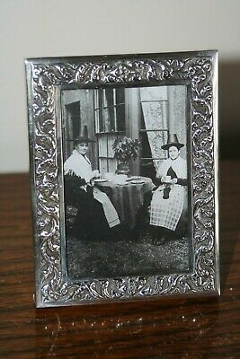Small, ornate solid silver frame - 925 Sterling