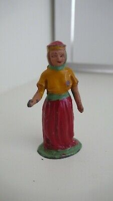 Britains Style Lead Model Benbros Maid Marion from the Robin Hood set