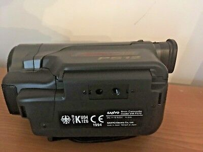 Sanyo Vm-Ps12 Camcorder/charger/connecting Cord/battery Pack/avcable/bag Etc